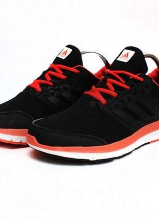 Кроссовки adidas. размер 40