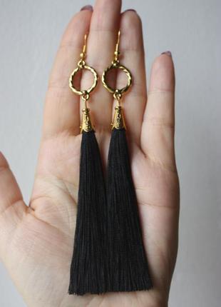 Серьги серёжки кисти кисточки чёрные длинные модные с золотом