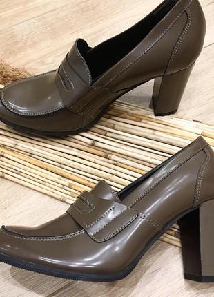 Туфлі з натуральної шкіри від andre!!!