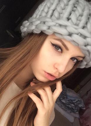 Шапка объёмная шапочка из шерсти светло серый крупной вязки новая