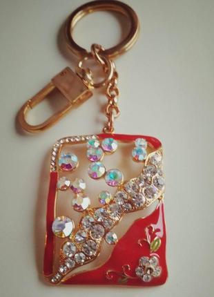 Брелок, подвес на сумку, красный золотистый  с кристаллами