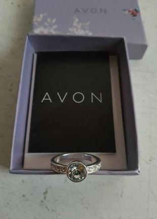 Женское кольцо 17 размер американского бренда avon