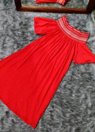 Платье на плечи new look
