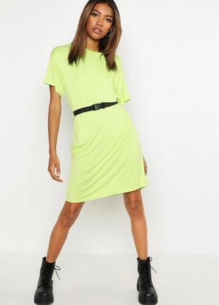 Boohoo. товар из англии. платье футболка с поясом в неоновом лайме.