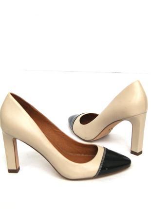 Next. кожаные туфли на устойчивом каблуке.