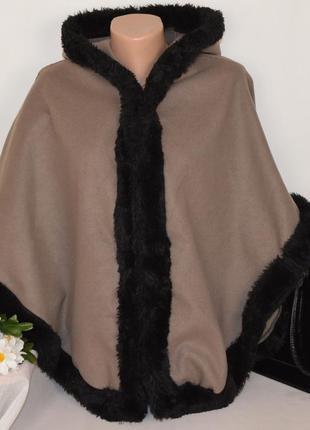 Брендовое шерстяное пончо с капюшоном и мехом sway италия