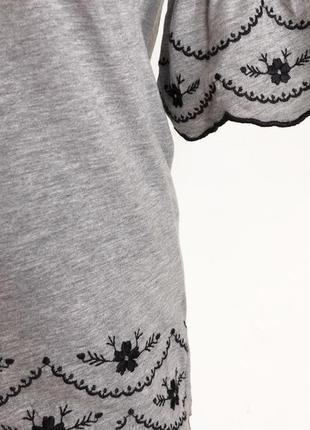 Оригинальная блуза с вышвкой цвет серый черный размер s
