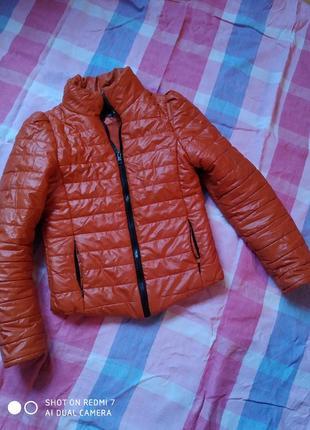 Куртка осінь-весна 165см.