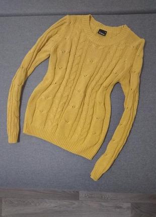 Светло горчичный вязаный свитер