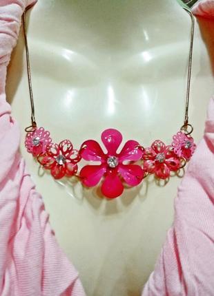 Подвеска цепочка с цветами розовая метал колье ожерелье