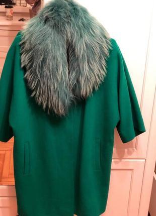 Шикарне пальто з натуральним мєхом