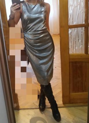 Шикарне вечірнє плаття