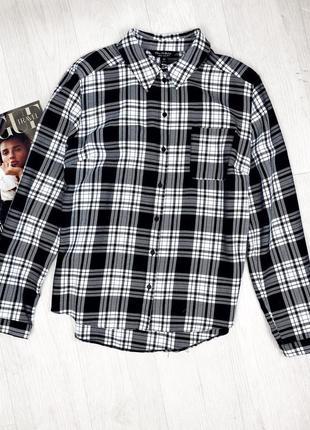 Рубашка в клетку черно белая на пуговицах с длинным рукавом