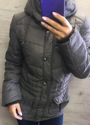 Зимний тёплый пуховик s.oliver размер m