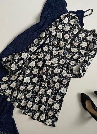 Красивейшее цветочное платье с воланами на рукавах new look