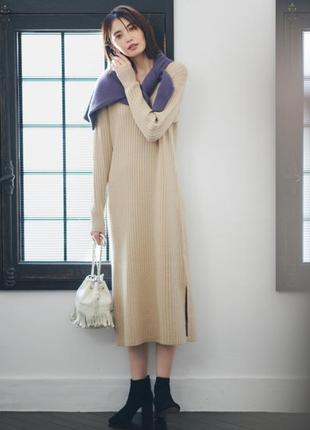 Uniqlo шерстяное платье макси с разрезами по бокам
