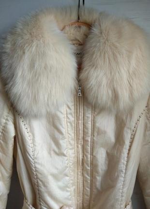 Шикарная куртка с натуральным мехом