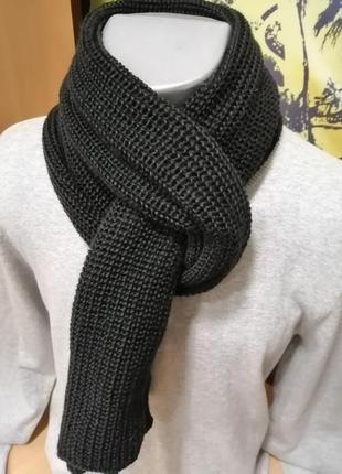 Шерстяной шарф чернй английской вязки
