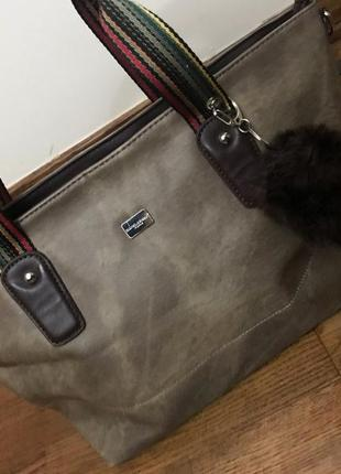 Очень стильная сумка david jones