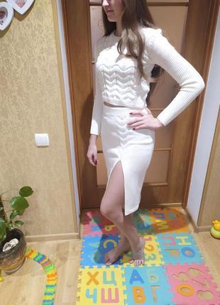 Очень красивый модный костюм