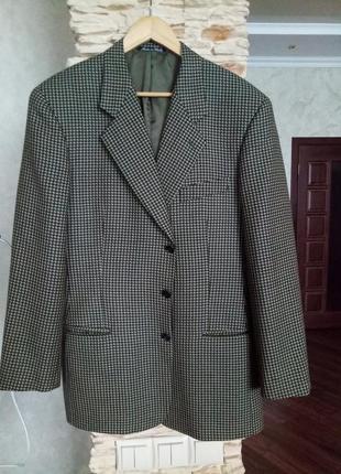Мужской шерстяной пиджак 50 размера