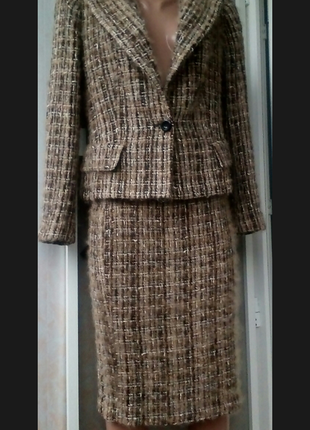Шикарный костюм в стиле chanel в составе пушистый мохер шерсть