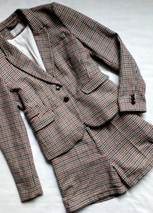 Обалденный твидовый костюм-пиджак и шорты. h&m