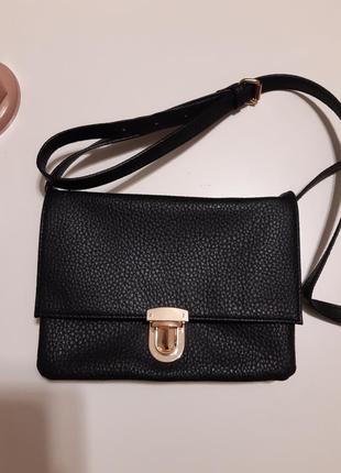 Маленька чорна сумочка f&f
