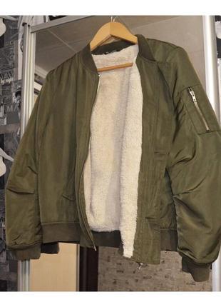 Бомбер хаки на меху, утеплённый бомбер , бомбер с мехом, куртка с мехом select