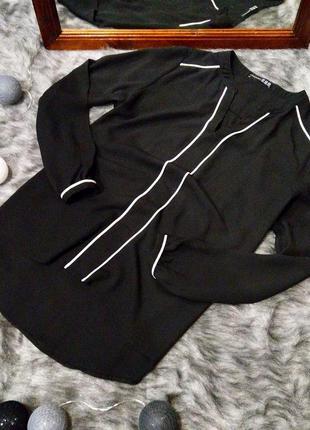 Блуза кофточка с контрастной отделкой atmosphere