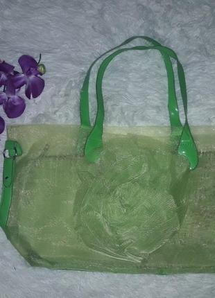 Велика та амістима літня сумка зеленого кольору!