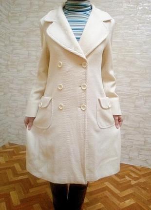 Демизизонное весене- осенее пальто 12 р