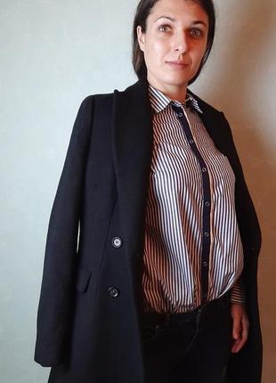 Пальто черного цвета zara на пуговицах