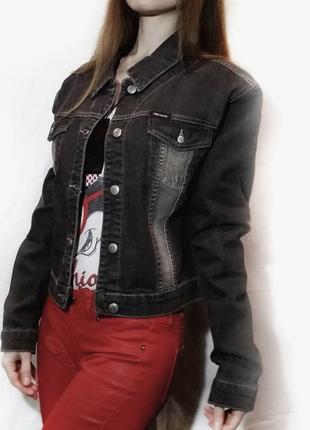 Джинсовая куртка черная короткая ветровка классическая джинсовка