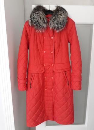 Шик! яркое стёганое коралловое пальто nui very! капюшон+мех чернобурка!