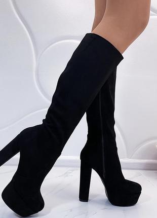 Новые шикарные женские черные демисезонные сапоги на высоком каблуке