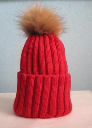 8 плотная яркая очень красивая вязаная шапка с помпоном3 фото