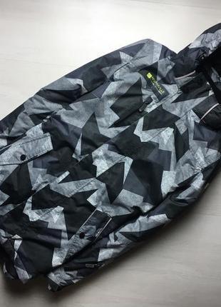 Шикарнейшая горнолыжная куртка.мембрана 3000