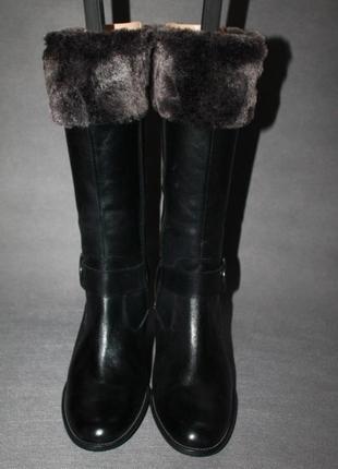 Стильні шкіряні чобітки!