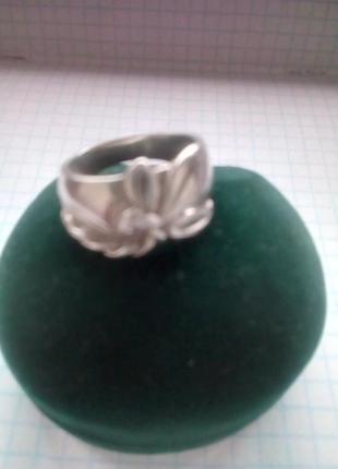 Кольцо серебро 17