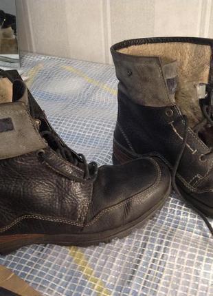 Мощные неубиваемые ботинки clarks