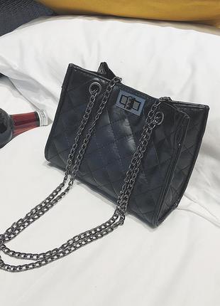 Черная мини сумочка, вечерний вариант