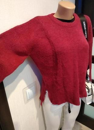 Отличный стильный теплый малиновый джемпер свитер пуловер оверсайз