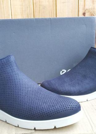 Супер стильные новые кожаные ботиночки полусапожки ecco мокасины оригинал в коробке