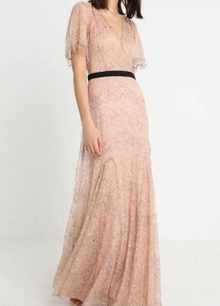 Роскошно ажурное платье цвета пыльной чайной розы