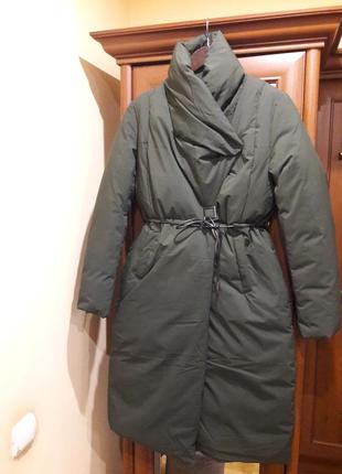Очень стильная тёплая куртка,пальто,пуховик bee fairy.
