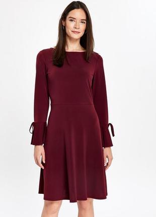 Wallis красивое удобное платье ягодного оттенка, р.10-38, s-m