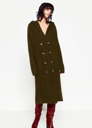 Стильное вязаное пальто 48 размер