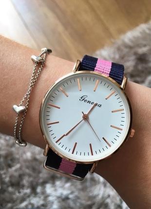 Годинник наручний жіночий наручные часы тканевый ремешок