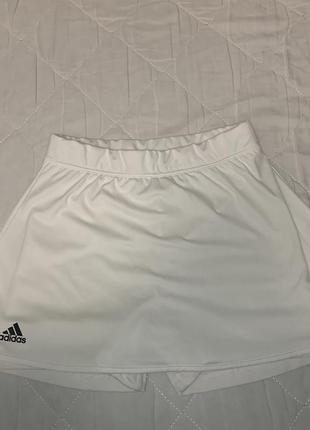 Женские спортивные шорты-юбка adidas